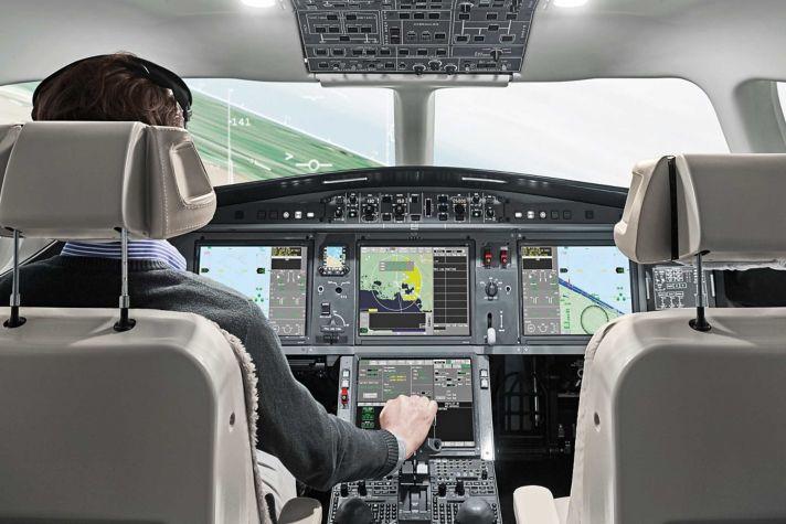 Primus Epic based EASy cockpit on Falcon 5X