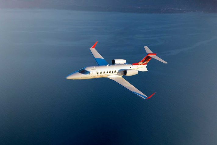 AeroBT-Learjet_40XRA_2880x1440.jpg