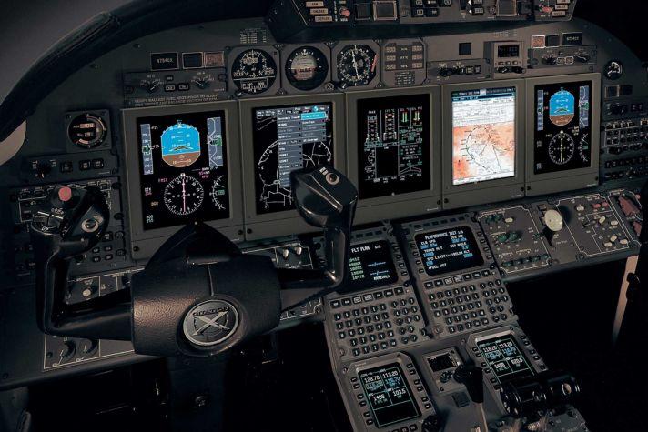 Primus flight deck