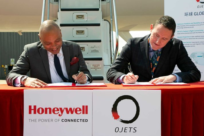 Signing with Ojets