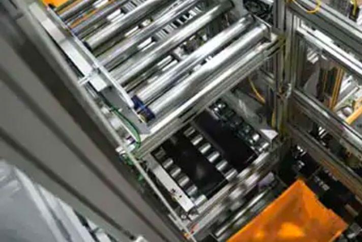 sps-igs-brochure-vertical-conveyor-sortation-solutions-image